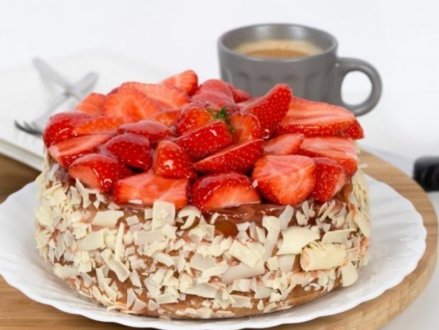 Kleintje taart Hollandse aardbeien